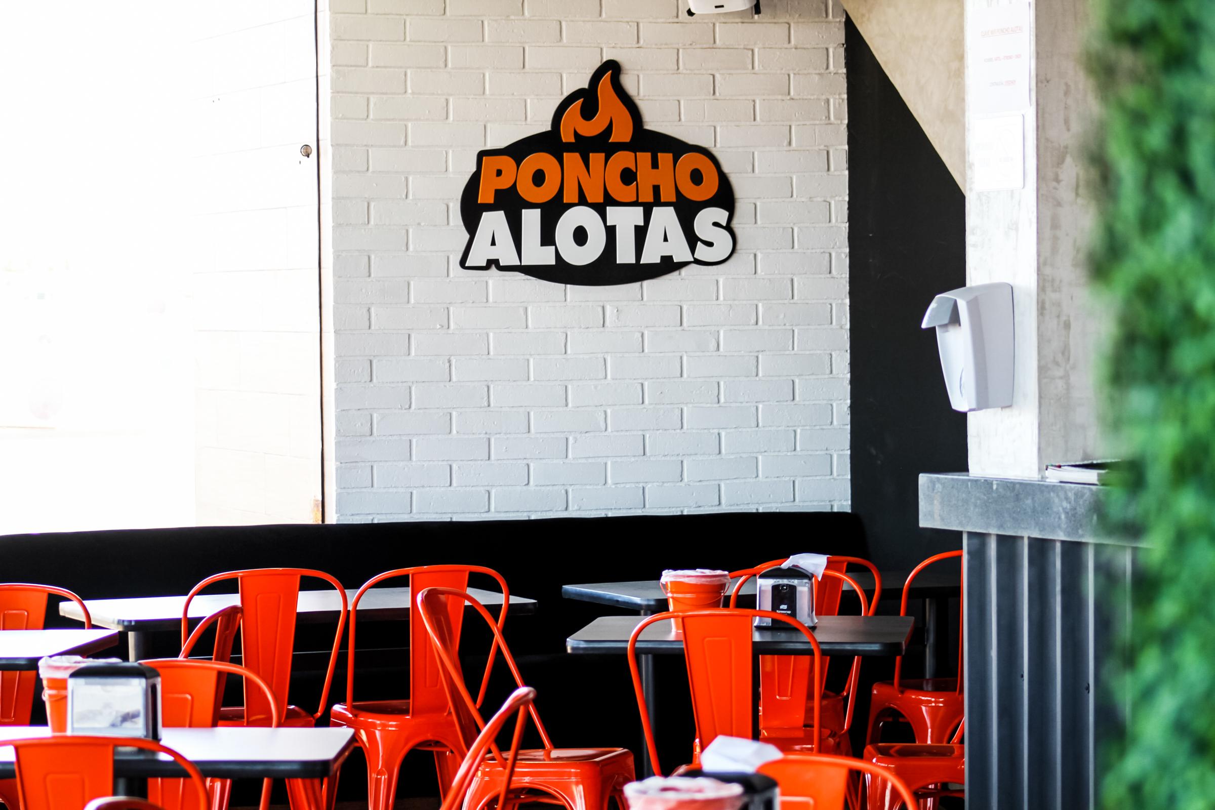 PonchoAlotas (2 of 16)